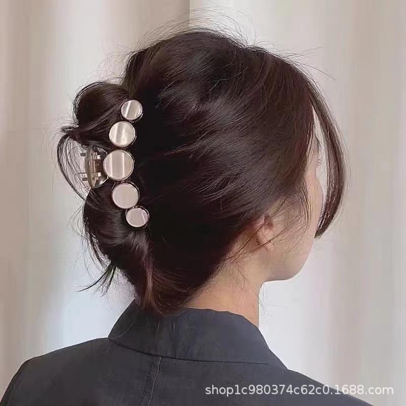 Lavish Acrylic White Hair Clip for Elegant Look