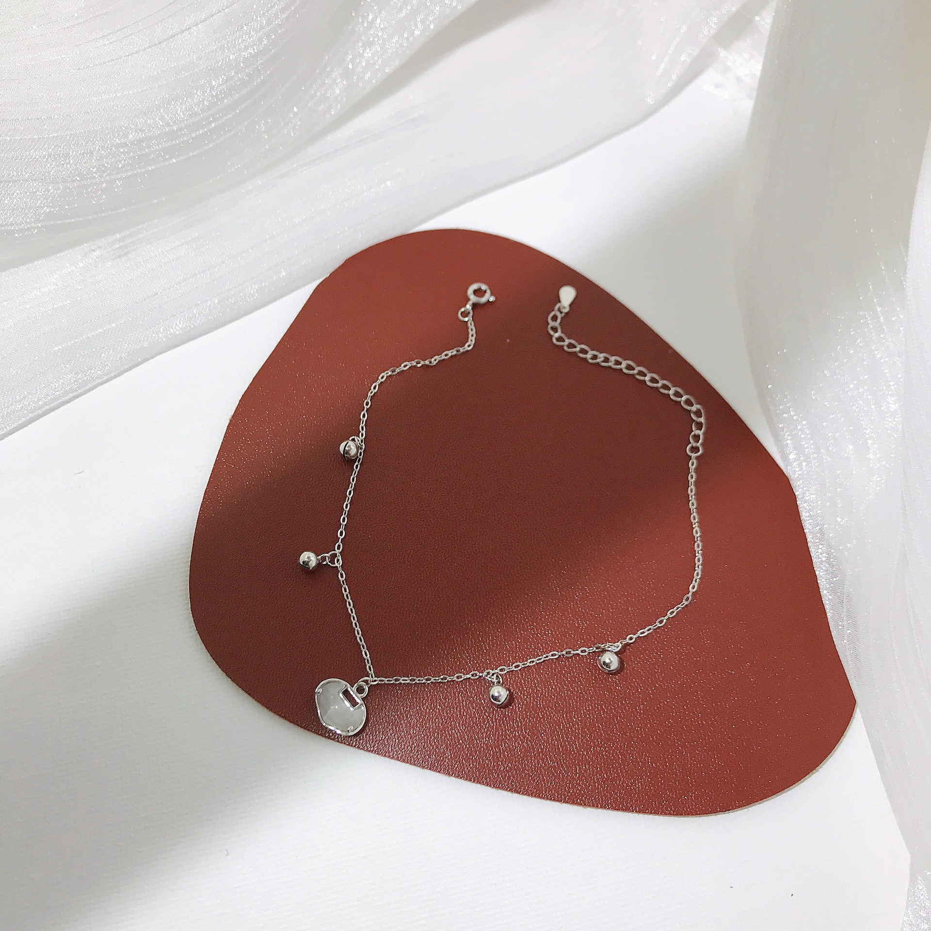 Elegant and Chic Anklet for Gifts to Girlish Friends