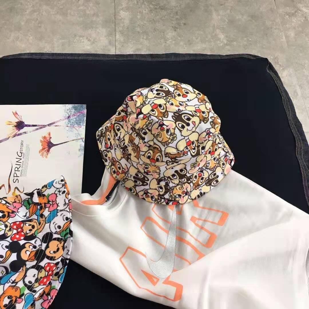 Voguish Bucket Hat with Chipmunk Cartoon Designs for Friendly Dates