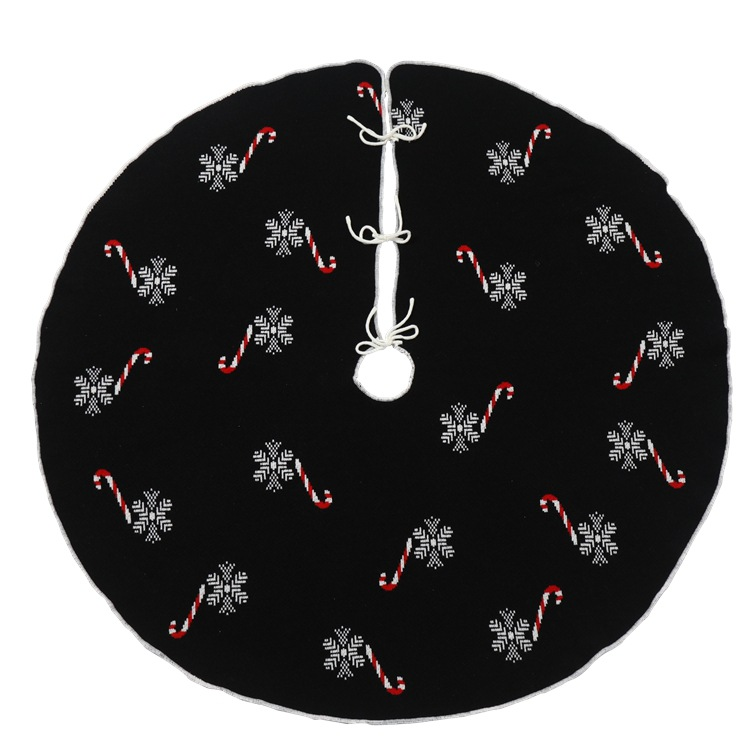 Unique Candy Cane and Snowflake Pattern Christmas Tree Skirt for Eye-Catching Christmas Decors