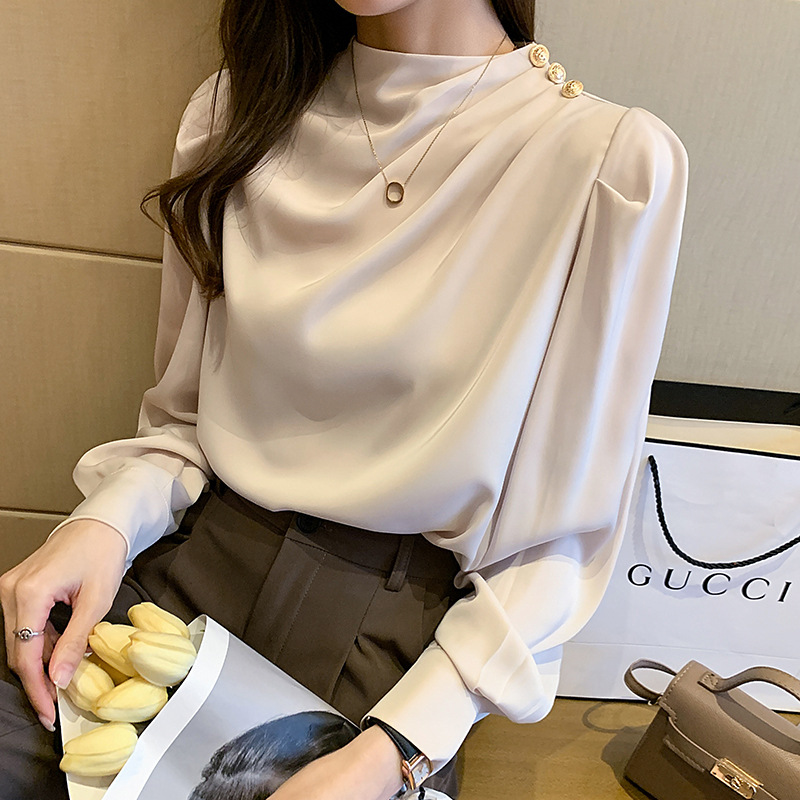 Plain Buttonless Blouse for Elegant Fashion Outfit
