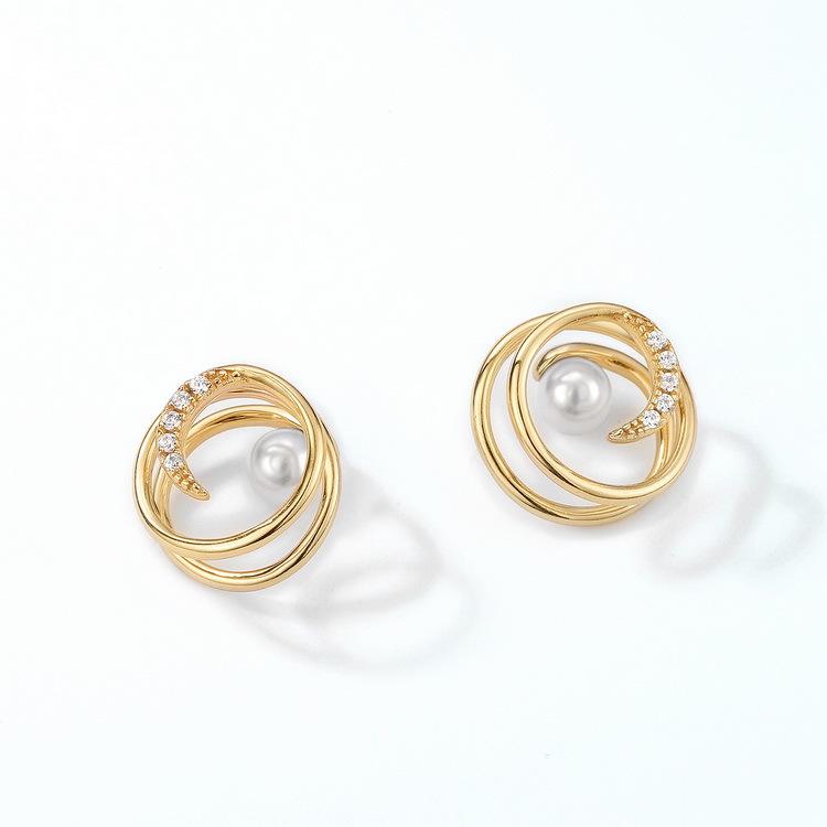 Sophisticated Spiral Pearl Earrings for Dinner Dates