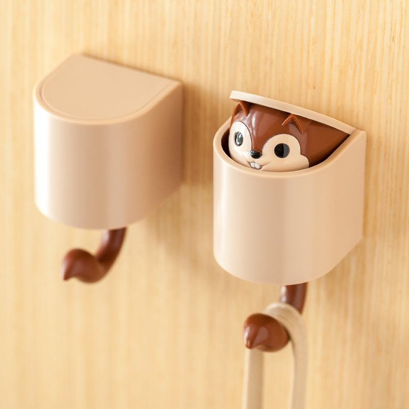 Cute Peeping Chipmunk Wall Hook for Holding Household Items