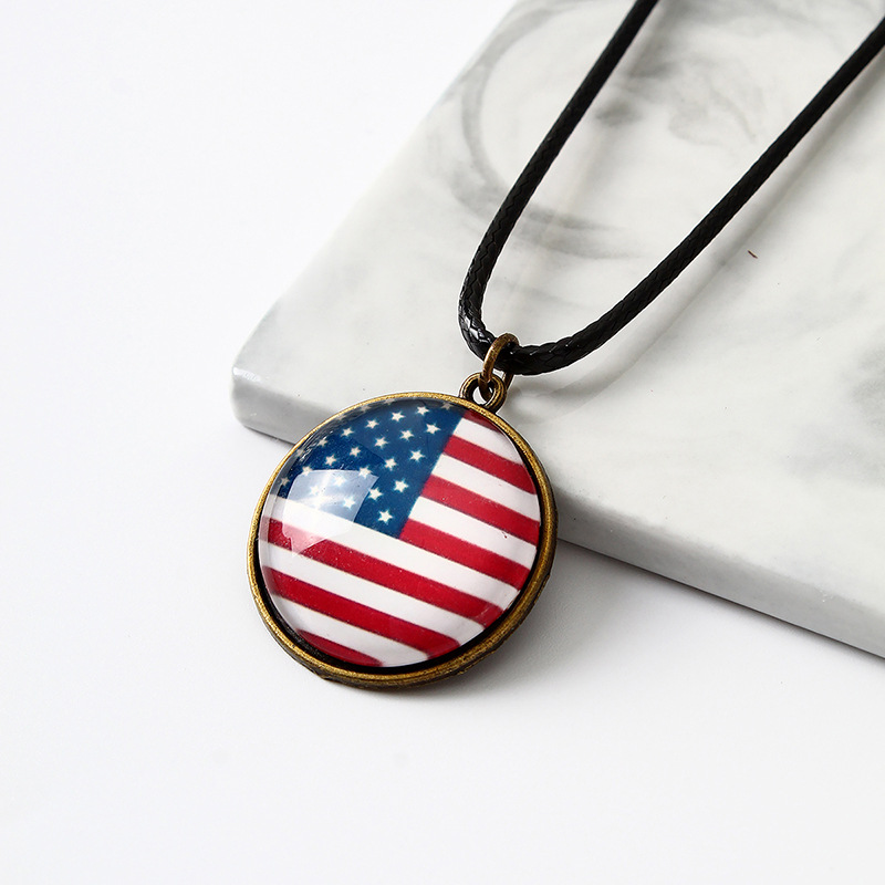 Round Flag Pendant Necklace for Gift Ideas