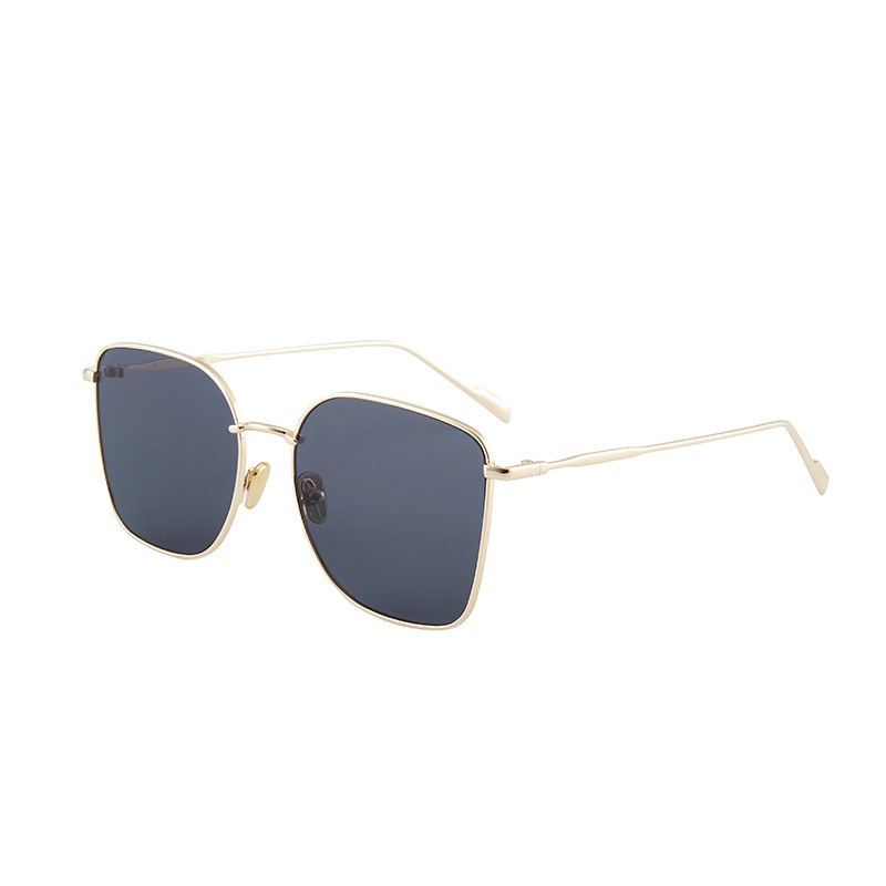 Fashionable and Pretty Looking Sunglasses for Beach Trips Sun Protection