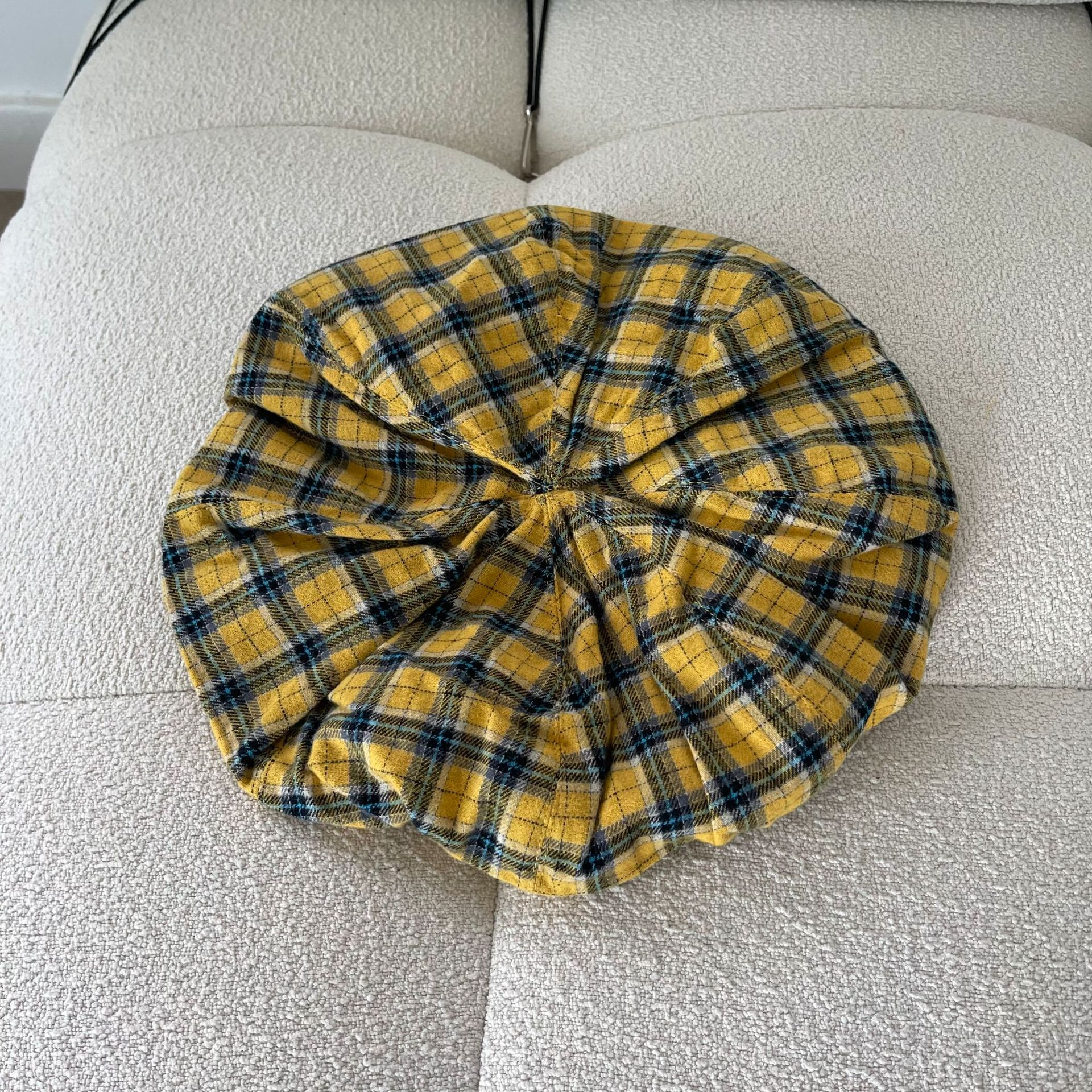 Fabulous Yellow Plaid Beret and Arm Sleeves for Korean Girl Group Style Fashion
