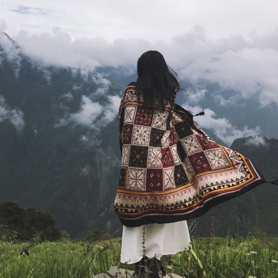 Wonderful Printed Shawl for Overnight Travels with Friends