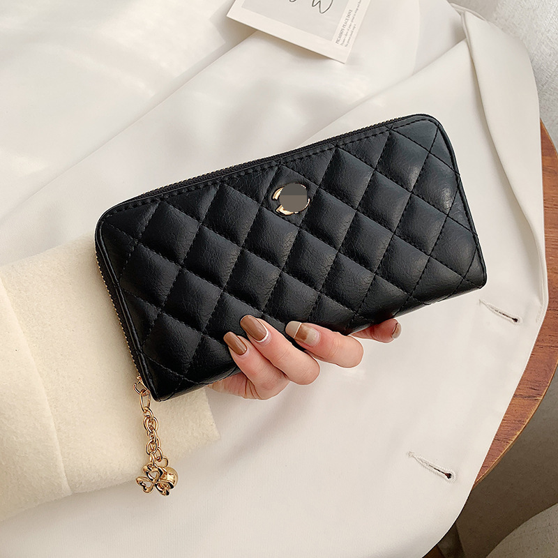 Dashing Quilted Faux Leather Wallet for Everyday Use