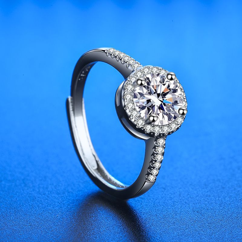 Stunning Round Ring for Valentine's Day Gifts