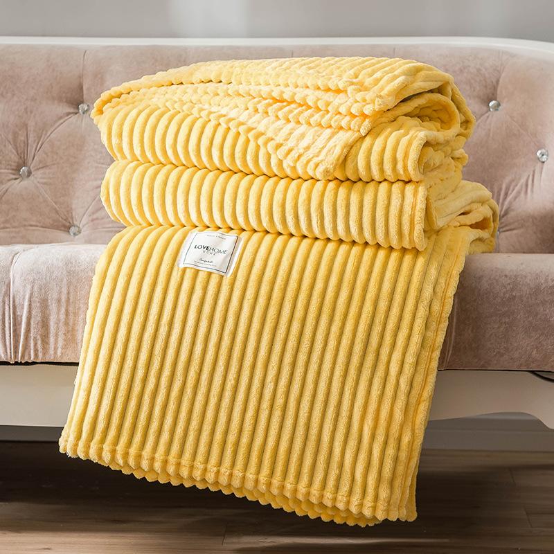 Soft Fleece Blanket for Autumn Season