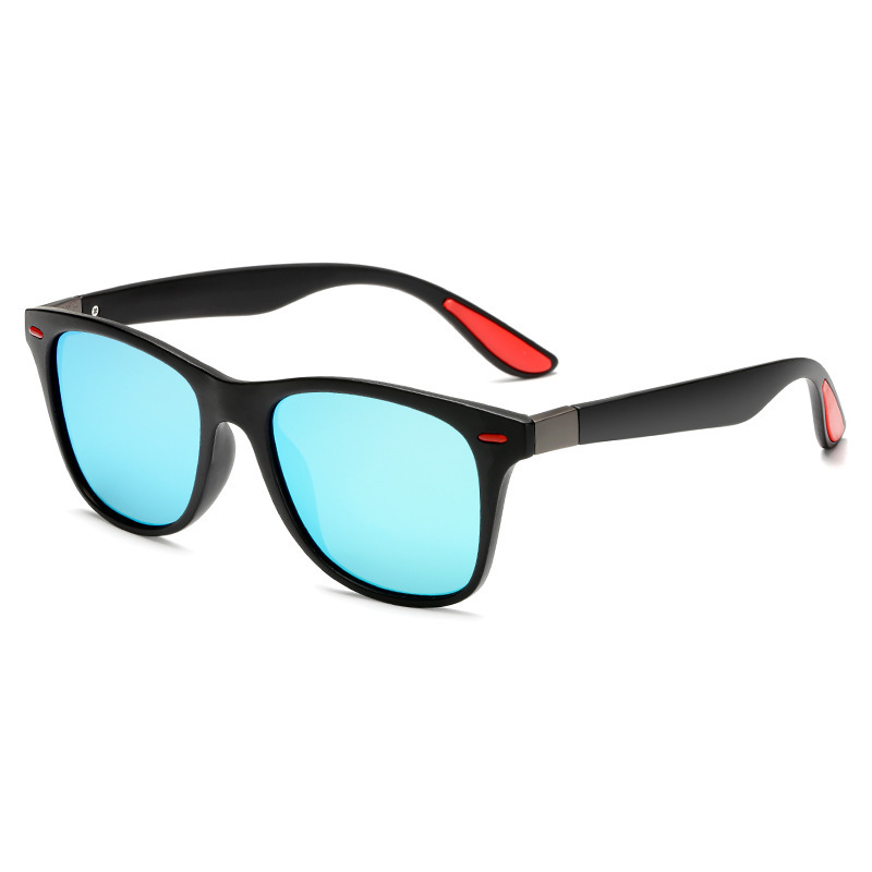 Trendy Black Frame Sunglasses for Summer Vacation Wear