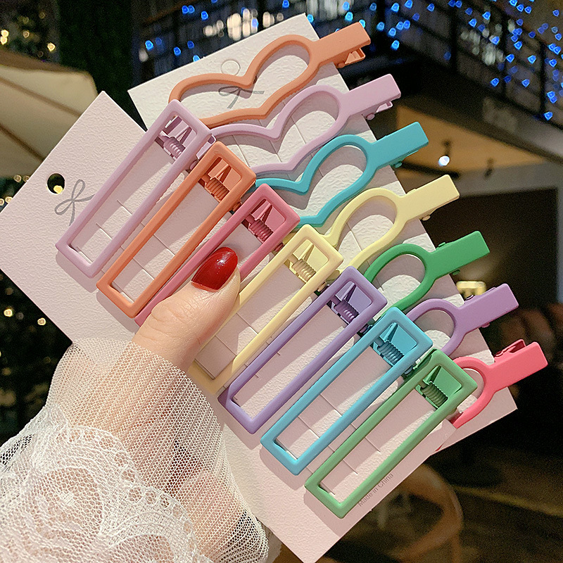 Korean-Style Crown and Heart Shape Hairclips for Girls