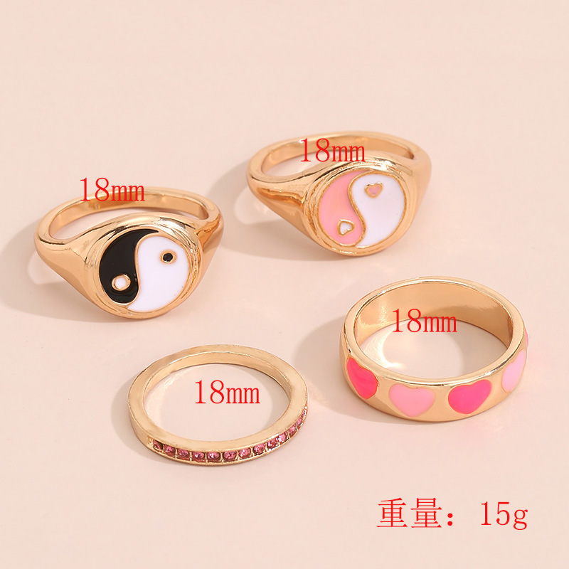 Sweet Two-Colored Yin Yang Ring for Gorgeous Outfits