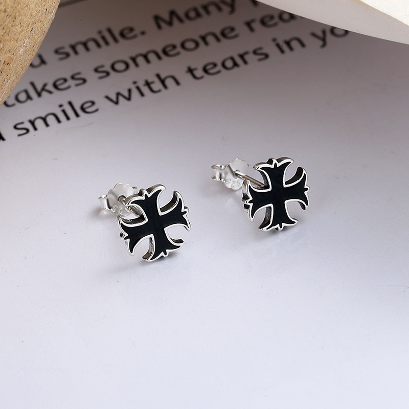 Simple Cross Stud Earrings for Aesthetic-Style Accessory