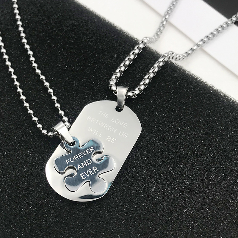 Western Style Titanium Steel Necklace for Fashionable Wear