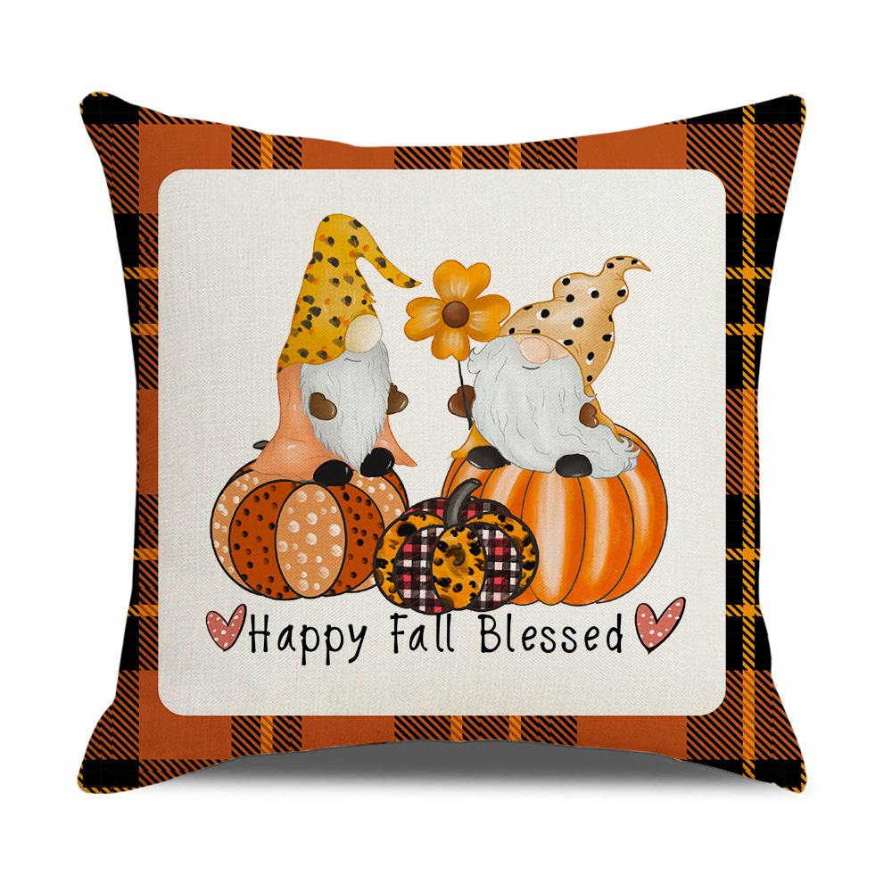Charming Pumpkin Printed Pillowcase with Checkered Design for Autumn Season