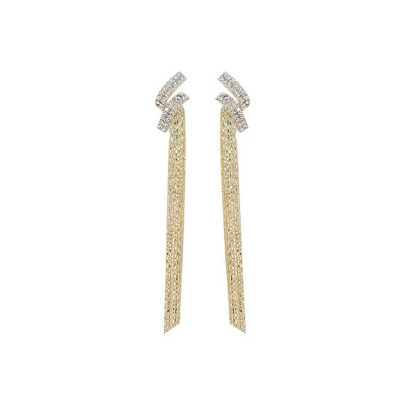 Preppy Passey Long Earrings for Formal Events