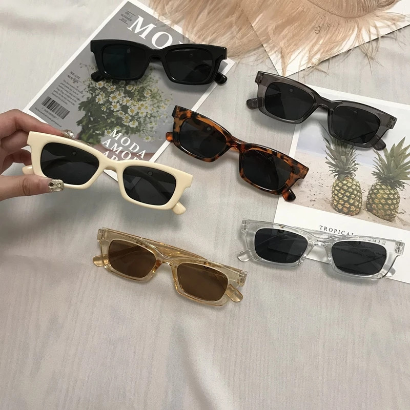 Trendy Polycarbonate Sunglasses for Al Fresco Dining with Friends