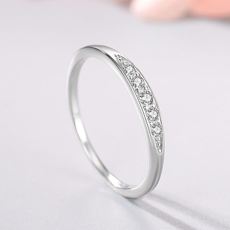 Elegant Faux Diamond-Studded Ring for Couples Gift Giving