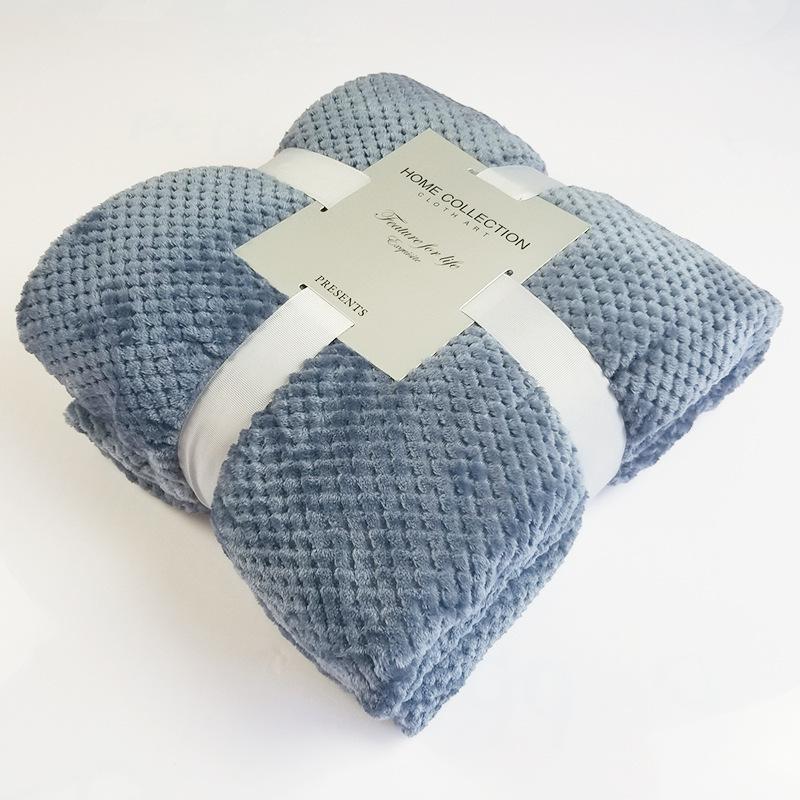 Fluffy Solid Color Pet Blanket for Maximum Comfort