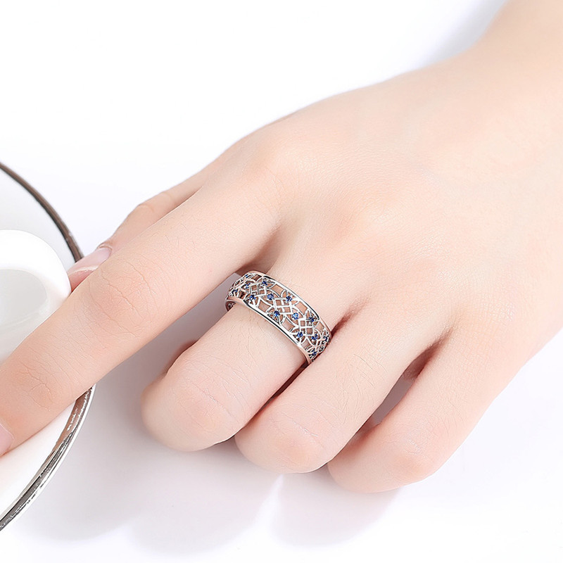 Vintage Style Shinny Alloy Ring for Family Gatherings and Events