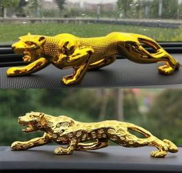 Fierce-Looking Resin Golden Leopard for Dashboard Decoration