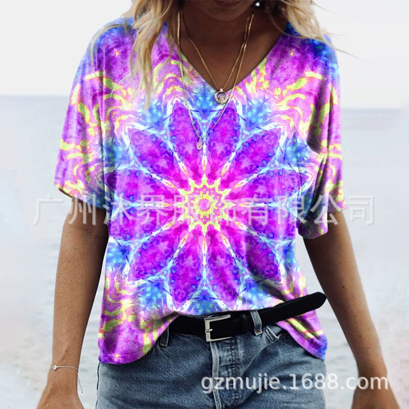 Bohemian Tie-Dye Floral Print V-Neck Tee for Tropical Vacations