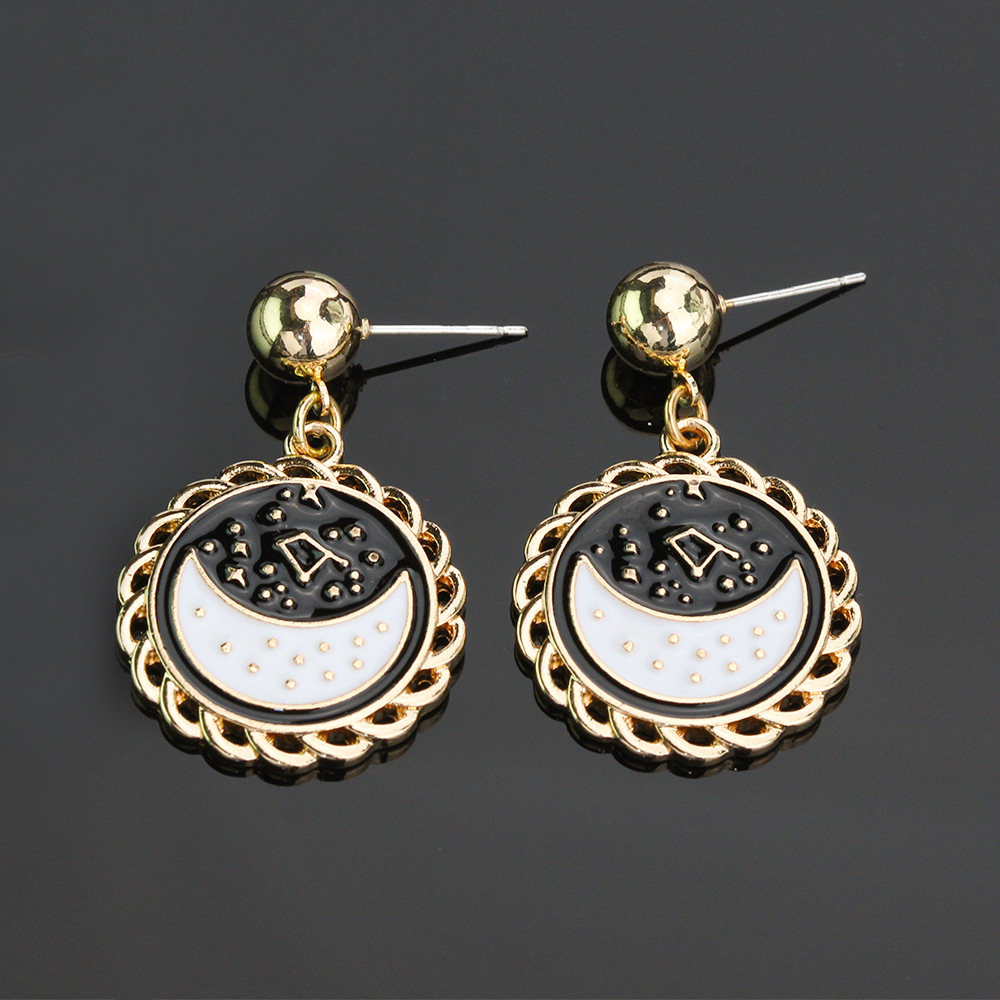 Japanese Retro Style Crescent and Constellation Earrings for Ladies