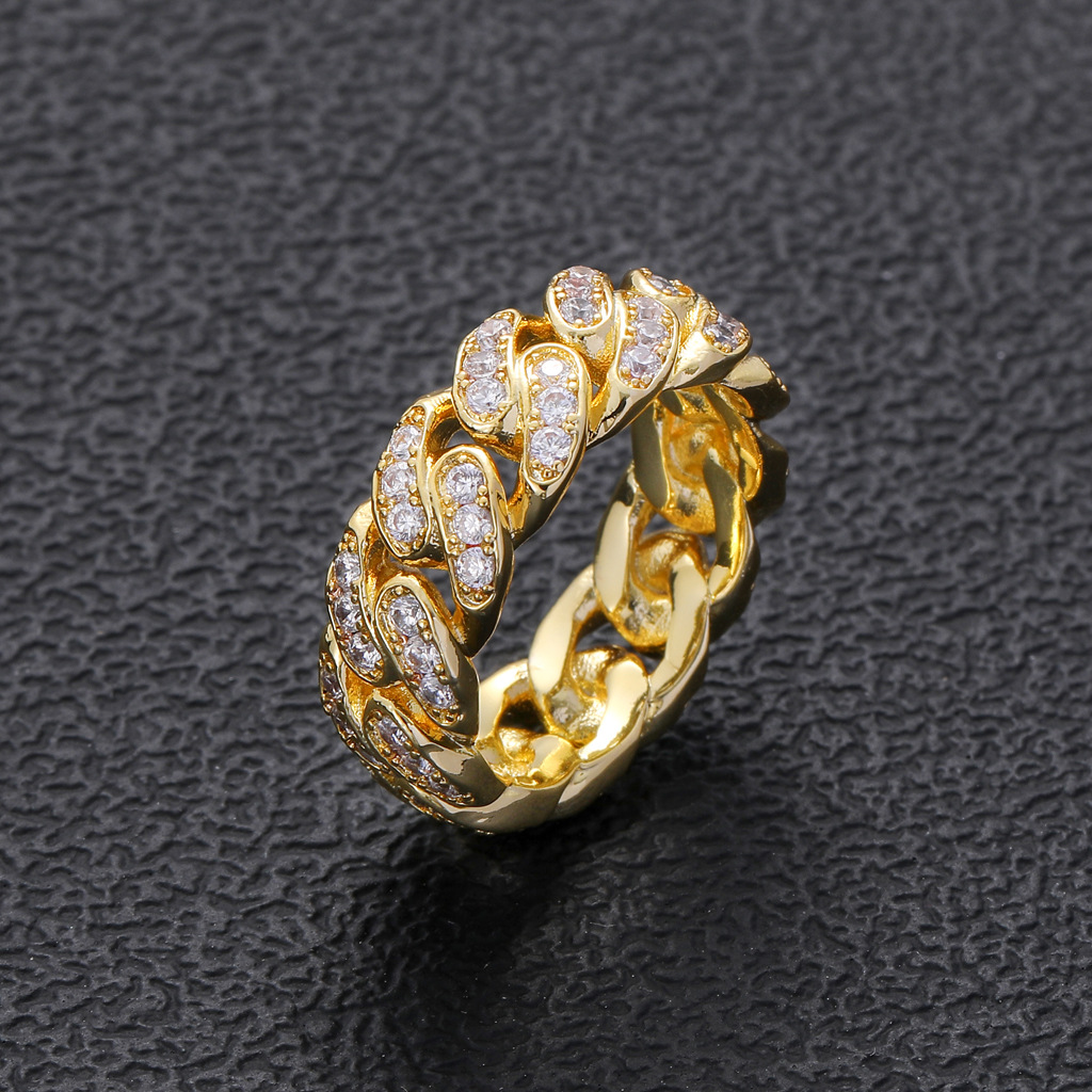 Striking Cuban Chain Ring for Completing Hip-Hop Style