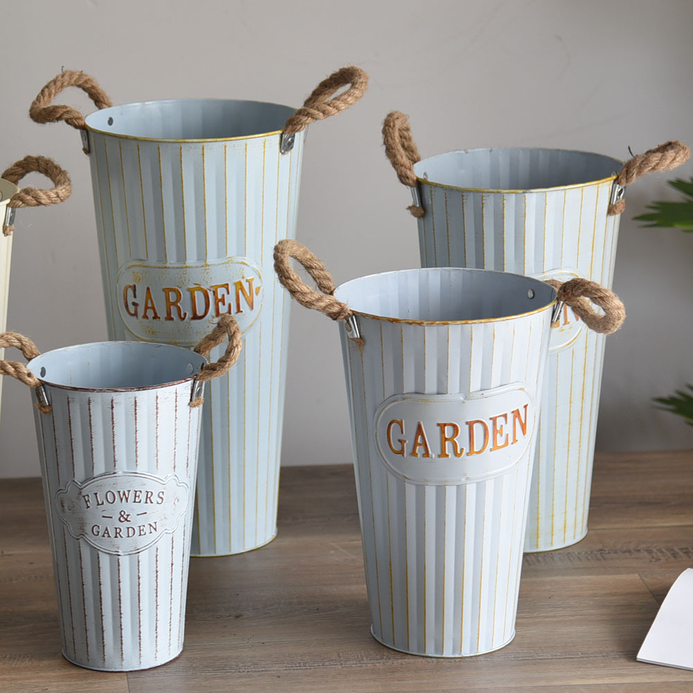 Creative Flower Bucket for Flower Shop Decoration