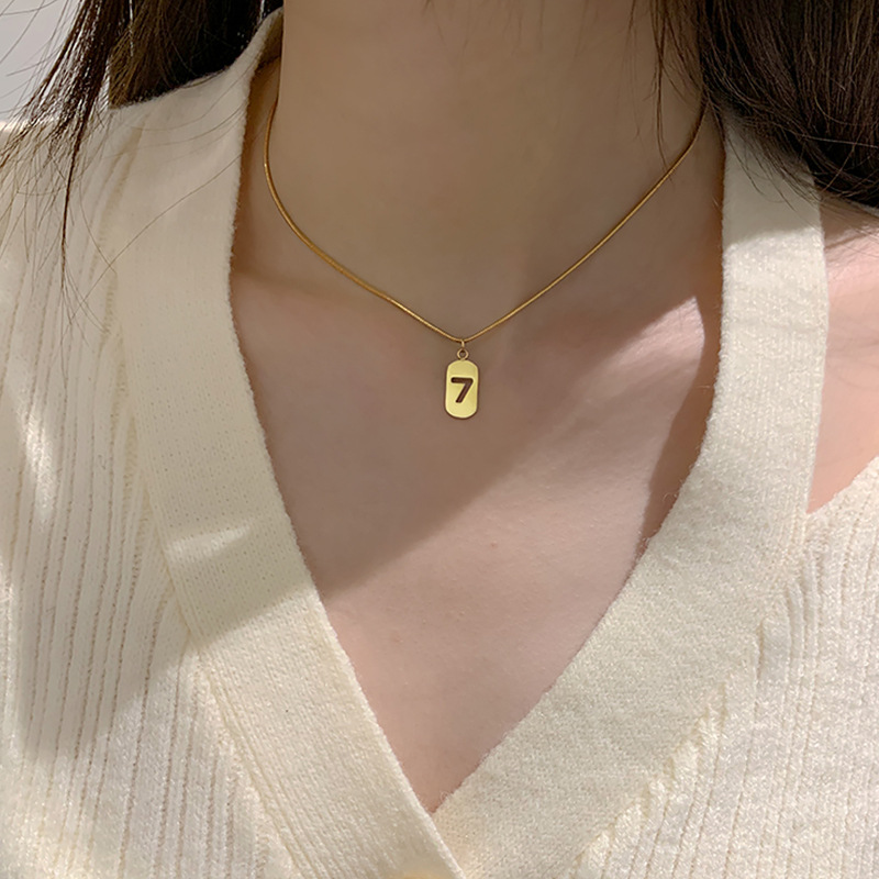 Fashionable Lucky Number 7 Omega Chain Necklace for Matching Simple Outfits