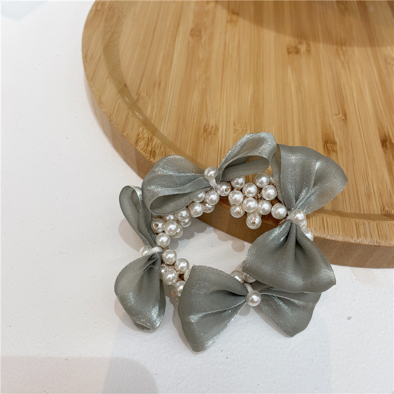 Classy Garland Hair Tie With Faux Pearl Details For Cute Look