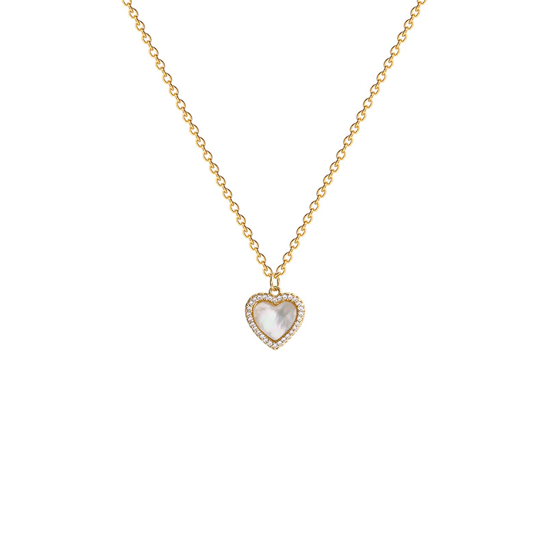 Classy Chic Heart Pendant Necklace for Any Occasion Wear