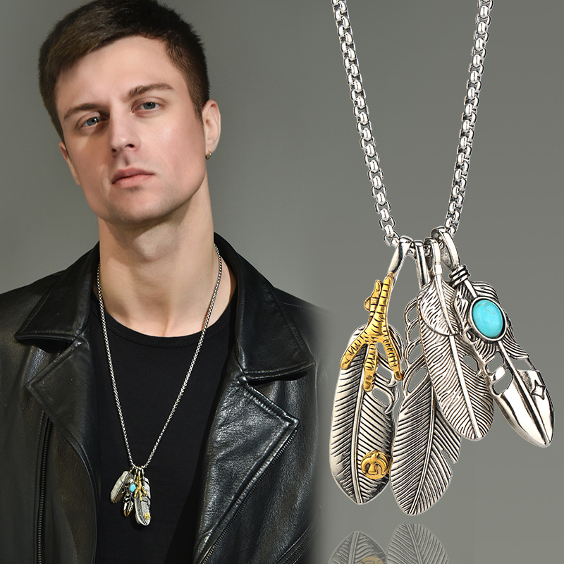Fine Feather Pendant Chain for Indie Rock-Inspired Outfits