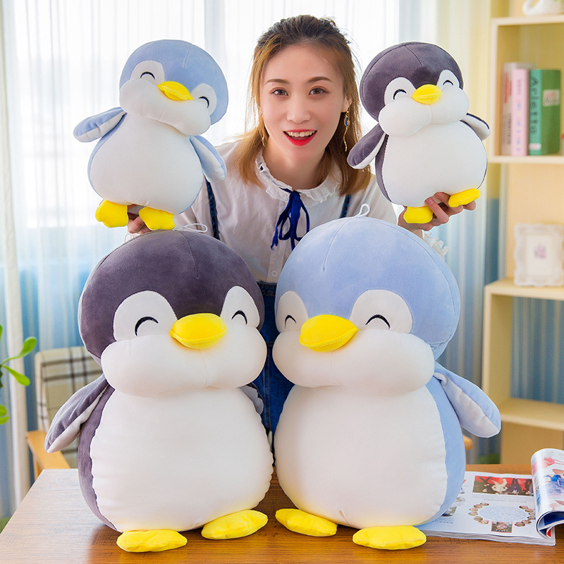Cute Penguin Plush Toy for Holiday Gift Ideas