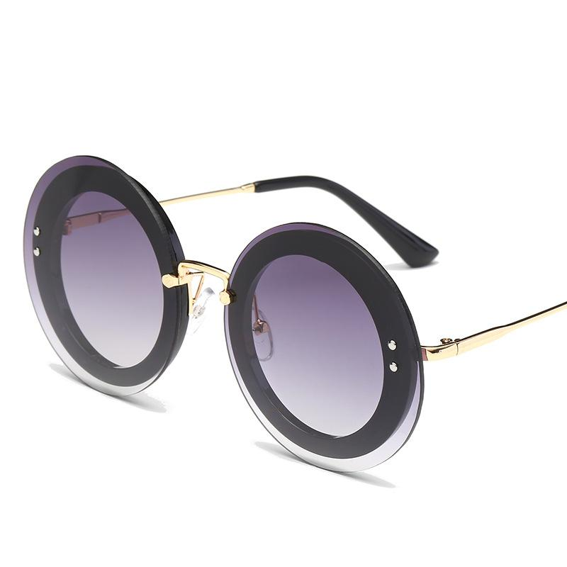 Round Sunglasses with Frosted Glitters