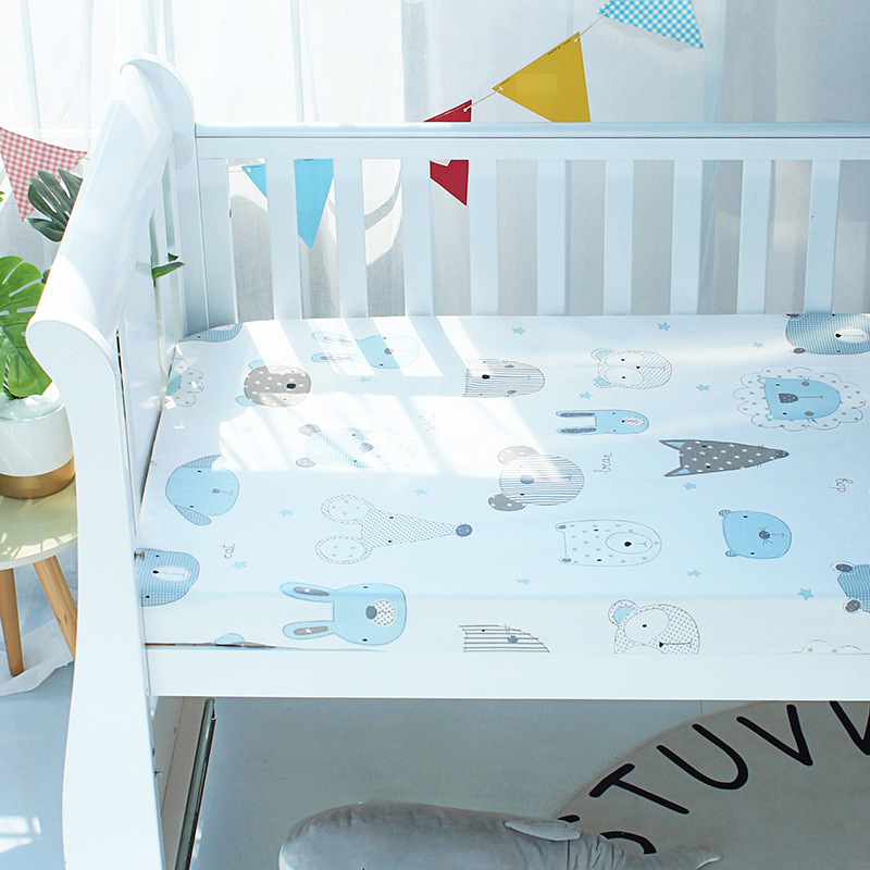 Cozy Cottage-Themed Bed Sheets for Children's Room