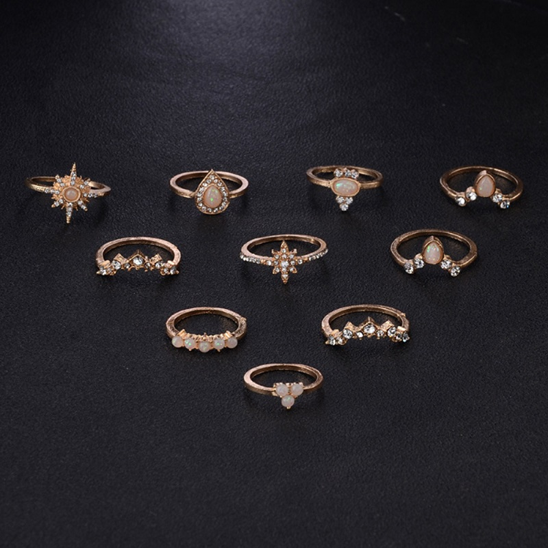 Sparkling Roone Vintage Ring (10 Pieces/Set)