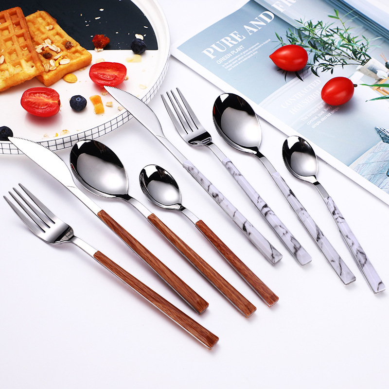 Wyle Wooden Setting Cutlery