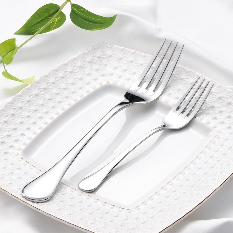 Sleek Stainless Steel Cutlery