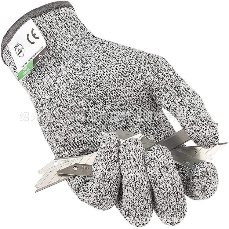 Functional Gray/White Kitchen Gloves for Protecting Hands from Delicate Materials